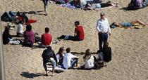 thieves on Barceloneta Beach from El periodico